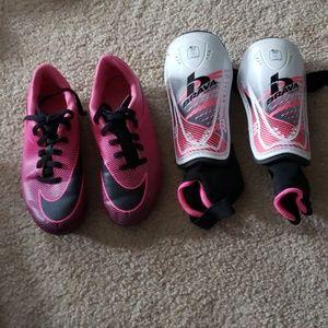 Kids Nike cleat size 13C and shin guard set